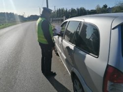 Policjant podczas prowadzonej akcji Road Safety Days