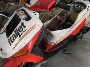 Zdemontowany motorower